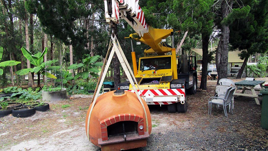 Noosa Engineering Crane Hire